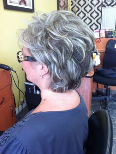 Short Permed Hair, Grey Curly Hair, Short Grey Hair, Short Hair With Layers, Mommy Hairstyles, Short Curly Hairstyles For Women, Hairstyles Over 50, Short Hair Cuts For Women, Medium Hair Styles