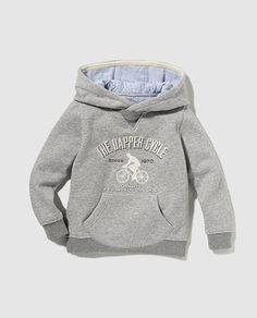 Sudadera de niño gris de manga larga con capucha