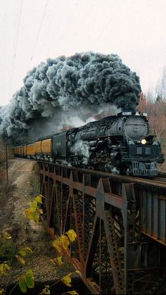 How to Add Excitement to Model Railroad Scenery on Your Model Train Layout - Model Train Buzz Train Tracks, Train Rides, Motor A Vapor, Railroad Photography, Train Art, Train Pictures, Old Trains, Train Engines, Steam Engine