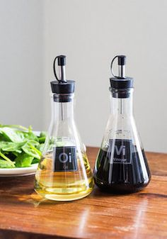 Love this oil and vinegar container