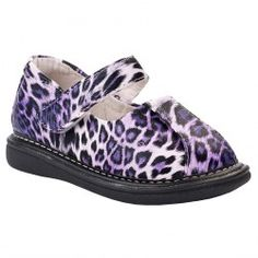 Darling Wee Squeak purple animal print Mary Jane style shoe for your baby toddler girl.  This darling, trendy shoe features a rubber sole an...