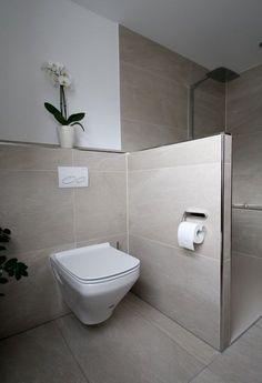 WC-Separee mit Trennwand