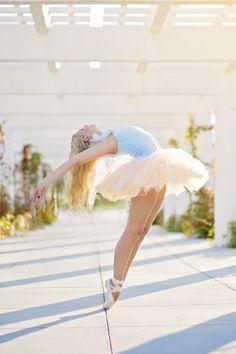 Greenville photographer | senior portrait ideas for girls | pickens photographer | clemson photographer | south carolina dance photography | beach dance photography | ballet photographer
