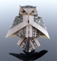 Dollar Origami Owl I'm going to do this to every bill I get Origami Owl, Origami Paper Art, Money Origami, Origami Ideas, Origami Hearts, Kids Origami, Origami Flowers, Origami Tooth, Owl Paper