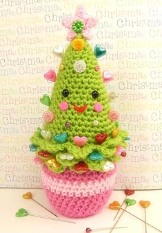 Hey, it's nearly Christmas so check these great free patterns for a happy and merry crochet :P