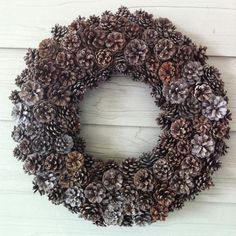 Monday Musings - Pinecone Wreaths