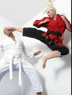 Karate Girl Trains Her Pussy