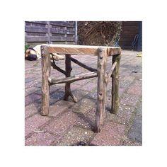 Takken en planken  #RAW #diy #interior #interiordesign #interiorstyling #interiorideas #recycle #recycled #vintage #woodwork #home #style #styleinspiration #bwvd #interiordesigner #interioraccessories #accessories #homestyling #musthave #secondlife #treasure #collection #haarlem #handmade #woodworking #wood de bijwoutvandaan