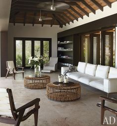 Roof and minimalist structure for indoor/outdoor living http://www.architecturaldigest.com/homes/homes/2011/12/wolfgang-ludes-st-barts-villa-slideshow#slide=3