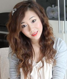 bubzbeauty she is a great advice giver with lots more such as beauty and just fun ! Her YouTube channel is bubzbeauty