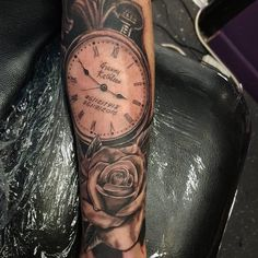 80 Timeless Pocket Watch Tattoo Ideas - A Classic and Fashionable Totem Pocket Watch Tattoos, Pocket Watch Tattoo Design, Clock Tattoo Design, Tattoo Designs, Totem Tattoo, Trendy Tattoos, Tattoos For Guys, Cool Tattoos, Tatoos