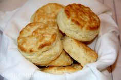 The secrets to making perfect Southern buttermilk biscuits.