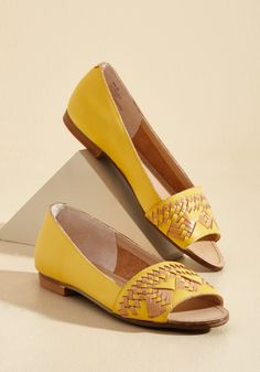4415295b866 Wishing for Stitching Leather Flat in Sunshine in 8