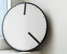 Cling clock - Michael Remerich
