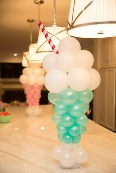 We LOVE these for the perfect #icecream #party Have Confetti and Cashmere create these adorable balloon shakes!