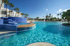 Riu Palace Antillas Aruba: The adults-only Riu Palace Antillas is located on desirable Palm Beach.