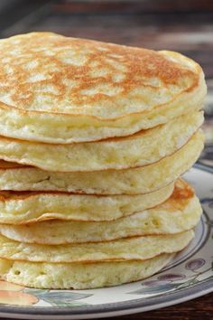 These Gluten Free Quick and Easy Morning Pancakes are an absolutely perfect gluten free pancake made with Cup 4 Cup Gluten Free Flour. You can make these any morning! I cannot tell you how ecstatic… (Vegan Gluten Free Pancakes) Gluten Free Pancakes, Gluten Free Breakfasts, Gluten Free Diet, Foods With Gluten, Gluten Free Cooking, Pancakes Easy, Gluten Free Pancake Recipe Easy, Gf Pancake Recipe, Coconut Flour Pancakes