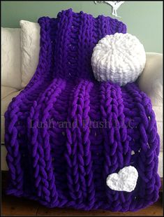 Bulky Arm Knit Wool Yarn Hot Pink Super Chunky Blanket Merino Wool Yarn Big Giant Wool Yarn DIY Extreme Wool Rug Wall Hanging Pet Bed 1.1lb
