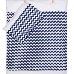wunderschöne und kuschelige Bettwäsche Chevron marinblau ab 35 Euro by KraftKids