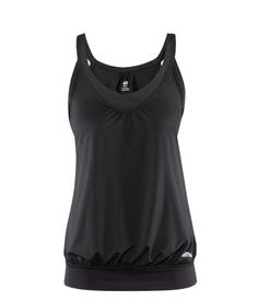 Good post baby workout top/ H &. M I MUST get this!! Hate it when I do jumping jacks and my baby belly pops out. :/