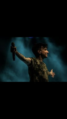 Peter Pan, My Idol, My Love, Vip, Anchor, Tumbler, Singers, Frases, Musica