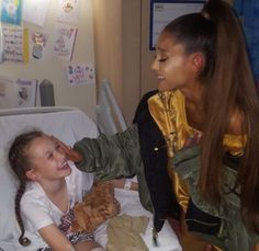 Can we just appreciate how caring ariana is...