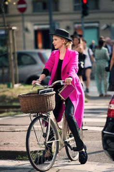 ZHANNA BIANCA (via Bloglovin.com ) - http://worldtravelerreviews.com/bicycles-of-italy/
