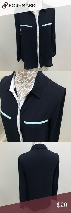 Zara Basic Navy Chiffon Button Up Blouse Zara Basic button up blouse in navy with white and turquoise pocket accents, size medium. Buttons up all the way and has two front pockets. Perfect for work! In great condition, no flaws Zara Tops Blouses