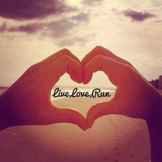Live, love, run Pearl Pearl Cohen I Love To Run, Run Like A Girl, Just Run, Live Love, Girls Be Like, Keep Running, Running Tips, Running Inspiration, Fitness Inspiration