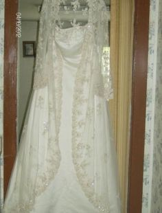 BNWT Wedding Gown...16W