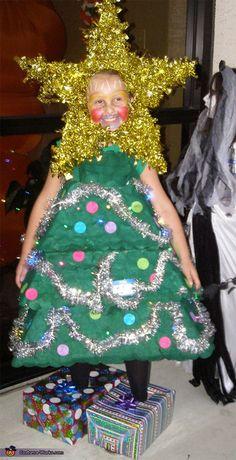 Christmas Tree Costume - Halloween Costume Contest via Falk Works Christmas Fancy Dress, How To Make Christmas Tree, Tacky Christmas, Little Christmas Trees, Homemade Christmas, Ugly Christmas Sweater, Christmas Pageant, Homemade Halloween, Christmas Scenes