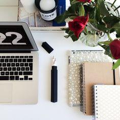 desk, organisation, and studyspo-bild