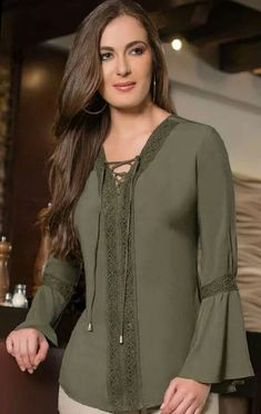 53 Ruffle Blouses Every Girl Should Have # - Outfit Trends Hijab Styles, Blouse Styles, Blouse Designs, Modest Fashion, Hijab Fashion, Fashion Dresses, Outfit Trends, Outfit Ideas, Basic Outfits