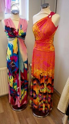 Kleurige jurken voor mooie warme dagen.