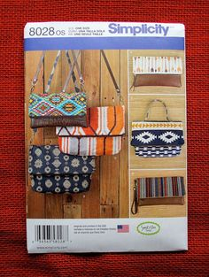Simplicity Sewing Pattern 8028, Purses, Clutch Bag, Wristlet, Fashion Accessories, Cross Body Style, Handbag, Totes, DIY Accent Gifts, UNCUT