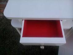 Blanco y Rojo Furniture