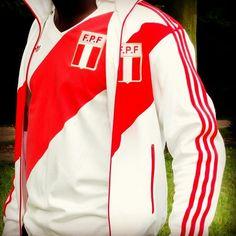 "@enlawded's photo: ""The Double Adidas Originals Perú 1978 Suit by EnLawded.com | #Adidas #Originals #Perú #TeófiloCubillas #Peruano #peruvian #Jacket #América #Swag #Tupac #Peruana #instamood #beautiful #instadaily #Arequipa #Trujillo #chiclayo #igers #adidasog #iphonesia #adidasoriginals #instagramhub #threestripes @EnLawded http://www.enlawded.com/tag/peru"""