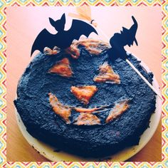 Dilicious and frightening pumpkin pie for Halloween :-)
