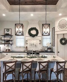 Stunning Rustic Kitchen Decoration Ideas With Rustic Farmhouse