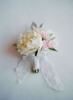 White peony and pale pink roses bridal bouquet. Elizabeth Messina Photography.