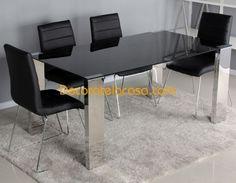 Conjunto de mesas y sillas de comedor de diseño