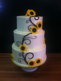 Should have been my cake! would have been perfect! sunflower wedding cake