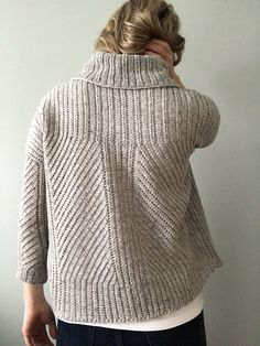 Fabulous Crochet a Little Black Crochet Dress Ideas. Georgeous Crochet a Little Black Crochet Dress Ideas. Knitting Patterns Free, Knit Patterns, Hand Knitting, Crochet Cardigan, Knit Crochet, How To Purl Knit, Love Sewing, Knitting Projects, Knitwear