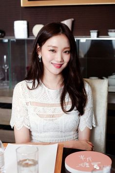 Korean Actresses, Korean Actors, Cute Korean, Korean Girl, Ahn Hyo Seop, Lee Sung Kyung, Weightlifting Fairy Kim Bok Joo, Joo Hyuk, Photography Poses Women