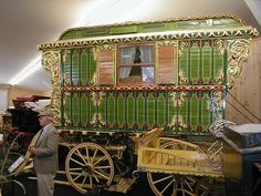 Gypsy Wagon ~ Love the green! #boho #bohemian