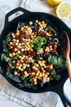 One-Pot Garlicky Swiss Chard with Chickpeas One-Pot Garlicky Chard with Chickpeas - Making Thyme for Health Healthy Vegetarian Meal Plan, Vegetarian Recipes, Cooking Recipes, Healthy Recipes, Vegan Vegetarian, Crockpot Recipes, Cooking Tips, Easy Recipes, Healthy Food