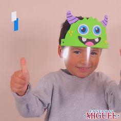 Tu pequeño no tendrá pretexto para protegerse esta contingencia, con esta careta de monstruo especial para ell@s Face Masks For Kids, Easy Face Masks, Diy Face Mask, Diy For Kids, Crafts For Kids, Spongebob Birthday Party, Crochet Mask, Diy Mask, Preschool Crafts