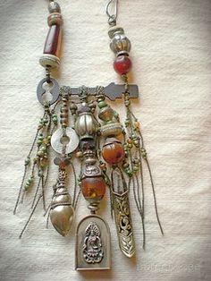maggie zee : do-over / Jazz Photo Source Key Jewelry, Tribal Jewelry, Bohemian Jewelry, Metal Jewelry, Pendant Jewelry, Jewelry Crafts, Jewelry Art, Beaded Jewelry, Jewelery