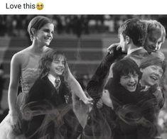 Golden Trio Through The Years Golden Trio Evolution Harry Potter Hermione Granger Ron Weasley Harry Potter World, Harry Potter Tumblr, Magia Harry Potter, Mundo Harry Potter, Harry Potter Films, Harry Potter Love, Harry Potter Nail Art, Fanart Harry Potter, Harry Potter Jokes