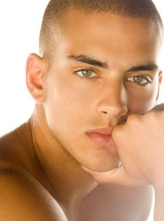 Ron Aluf... i could look into those eyes all day n night... sooo handsome!